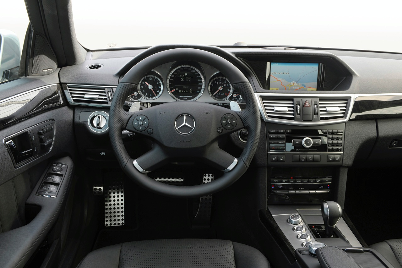 Mercedes E63 by AMG