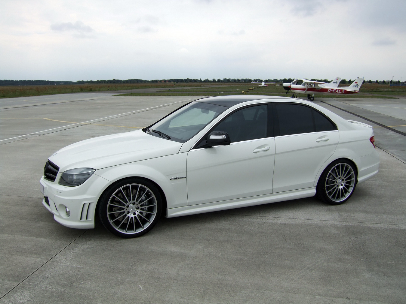 Mercedes-Benz C63 AMG by AVUS Performance